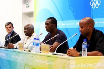 l to r Nick Davies, Lamine Diack, Michael Johnson, Mike Powell - IAAF Press Conference (Getty Images)