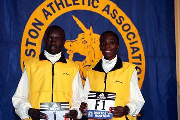 Cherigat and Ndereba receive their 2005 Boston numbers (Victah Sailer)