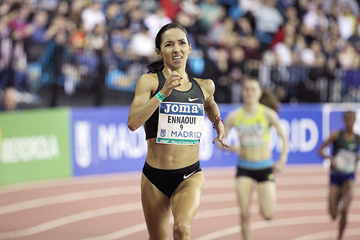 Sofia Ennaoui on her way to winning the 1500m at the IAAF World Indoor Tour meeting in Madrid (Jean-Pierre Durand)