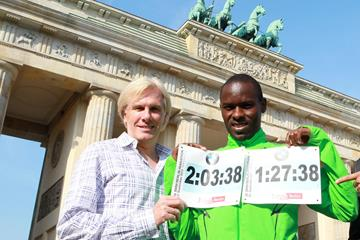 Zane Branson (left) with Patrick Makau at the 2011 Berlin Marathon (Victah Sailer)