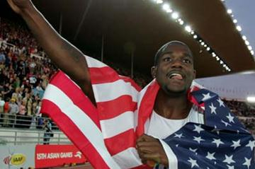 American Justin Gatlin celebrates winning gold in the men's 100m final (Getty Images)