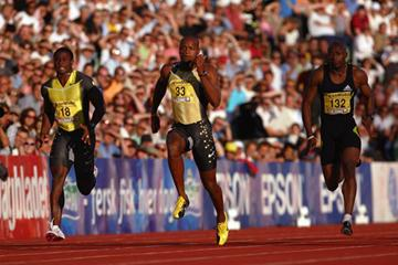 Asafa Powell runs 9.94 to win the 100m at the IAAF Golden League meeting in Oslo (Getty Images)