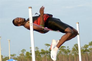 Donald Thomas jumps 2.32m at the 2011 national champs in the Bahamas (Kermit Taylor/Bahamas Athletics)