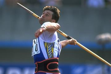 Jan Zelezny at the 1997 IAAF Grand Prix final in Fukuoka (Getty Images)