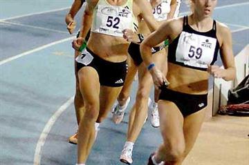 Helen Clitheroe in the 1500m in Gent (Nadia Verhoft)