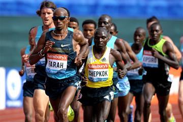 Mo Farah on his way to winning the 5000m at the Birmingham Diamond League (Mark Shearman)