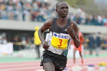 Kenya's Lucas Rotich on his way to winning the Lake Biwa Marathon (Victah Sailer)