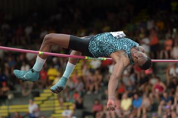 Erik Kynard at the 2015 US Championships (Kirby Lee)