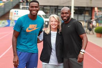 Caroline Feith with Kerron Clement and Churandy Martina (Dwight Phillips)