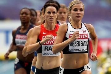 Brianne Theisen-Eaton leads the heptathlon 800m from Claudia Rath at the IAAF World Championships (Getty Images)