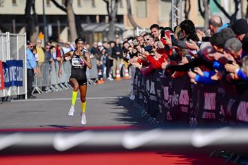 Sifan Hassan on the way to her 5km world record in Monaco (Manuel Vitali/organisers)