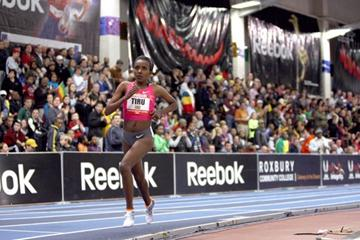 Another solo run for Tirunesh Dibaba in Boston (Victah Sailer)
