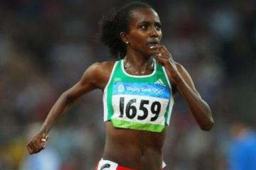 Tirunesh Dibaba on her way to 5000m gold (Getty Images)