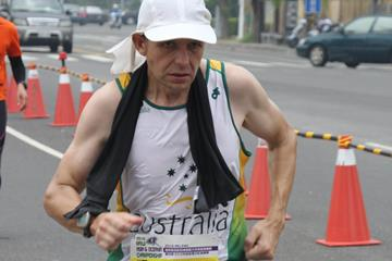 Barry Loveday of Australia winning the 2016 IAU 24-Hour Asia and Oceania Championships (Frank Kuo and Samantha Wang)