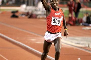 Bedan Karoki improves to 27:13.67 in Palo Alto (Victah Sailer)
