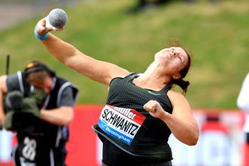 Christina Schwanitz throws to victory in Birmingham (Jiro Mochizuki)