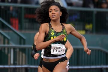 Deajah Stevens en route to her 200m victory at the Pac-12 Championships in Eugene (Kirby Lee)