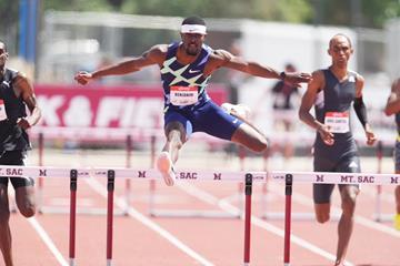 Rai Benjamin wins the 400m hurdles at the USATF Golden Games at Mt SAC (Kirby Lee)