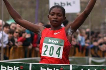 Nazaret Weldu of Eritrea takes a surprise win in Amorebieta (Miguel Alfambra)