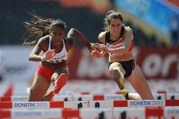 Action shot in the girls' 100m hurdles at the IAAF World Youth Championships, Donetsk 2013 (Getty Images)