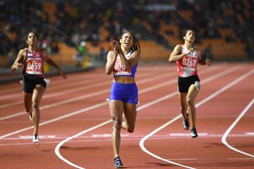 Kristina Knott wins the 200m at the Southeast Asian Games (AFP / Getty Images)