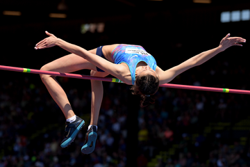 Maria Lasitskene wins the high jump at the IAAF Diamond League meeting in Eugene (Kirby Lee)