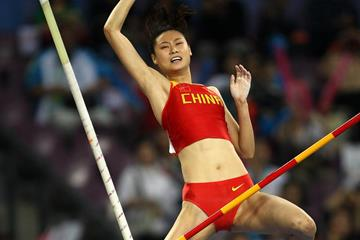 China's Li Ling wins the Pole Vault (Getty Images)