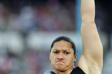 Valerie Vili of New Zealand takes bronze in the women's Shot Put (Getty Images)