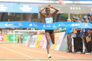 Irene Cheptai winning in Bengaluru (Procam International (organisers))