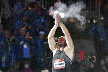 Tomasz Majewski acknowledging the crowd prior to the final throw of his career at the IAAF World Challenge Meeting in Zagreb (Organisers)