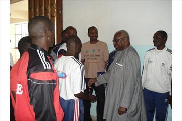IAAF President Lamine Diack meets Level II Lecturers in Dakar (IAAF)