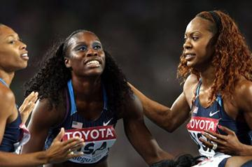 (L-R) Allyson Felix, Jessica Beard, Sanya Richards-Ross and Francena McCorory of the USA celebrate victory in the women's 4x400 metre relay final  (Getty Images)
