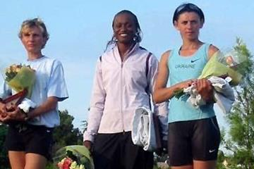 Eunice Barber at the top again - Arles winner (centre) (Carole Fuchs)
