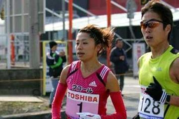 Kayoko Fukushi running in 2006 Marugame Half Marathon (Kazutaka Eguchi/Agence SHOT)