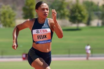 Allyson Felix en route to her 150m victory at the Inspiration Games  (Kirby Lee (organisers))