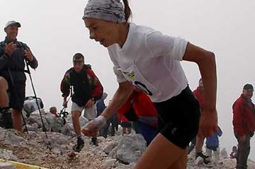 Anna Pichrtova running up Mt Grintovek (c)