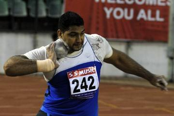 Om Prakash Singh competing in the 2009 Indian Senior Inter-State Champs (Ram. Murali Krishnan)