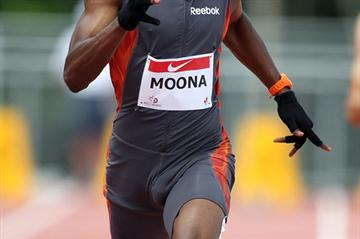 46.54 PB for Alistair Moona at the Canadian Junior Championships (Claus Andersen)