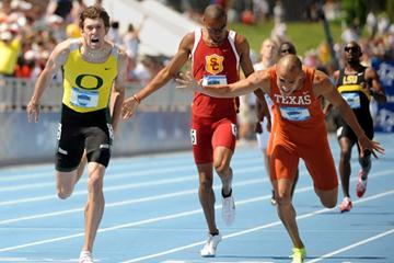 Andrew Wheating (l) outleaned by Jacob Hernandez (r) in the NCAA 800m (Kirby Lee)
