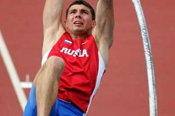 Igor Pavlov of Russia in the men's Pole Vault qualification (Getty Images)