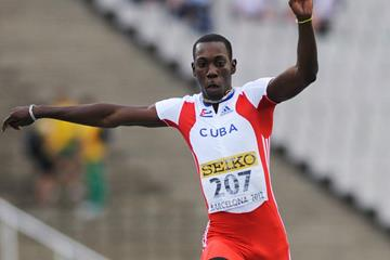 Pedro Pablo Pichardo on his way to victory in the triple jump (Getty Images)
