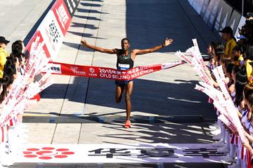 Dejene Debela wins the Beijing Marathon (Organisers)