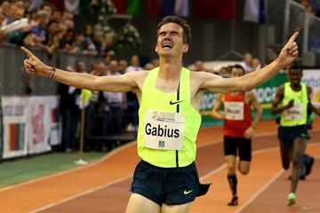 Arne Gabius winning the 5000m at the 2015 PSD Bank meeting in Dusseldorf (Organisers)