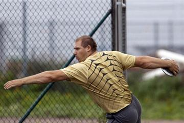 Gerd Kanter throwing at the third edition of the World Record Challenge at Heden in Helsingborg (Göran Lenz)