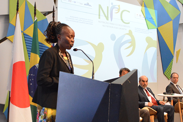 Tegla Loroupe speaks at the Nutrition For Growth event in Rio (Organisers)