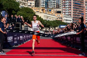 Julien Wanders clocks 13:29 in Monaco (NN Running Team)