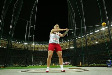 Poland's Anita Wlodarczyk sets a World Record of 77.96m in the women's Hammer Throw final (Getty Images)