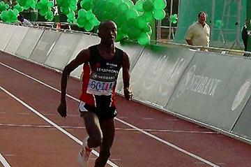 SA Half Marathon winner, Festus Lagat of Kenya approaches the finish (Mark Ouma)