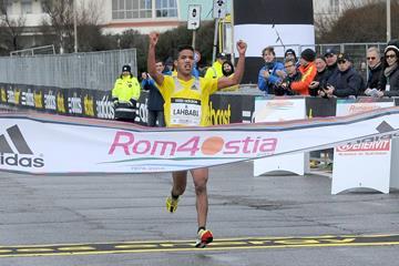 Aziz Lahbabi wins the 2014 Rome-Ostia Half Marathon (Organisers)