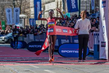 Joan Chelimo Melly wins the Prague half marathon (Organisers)